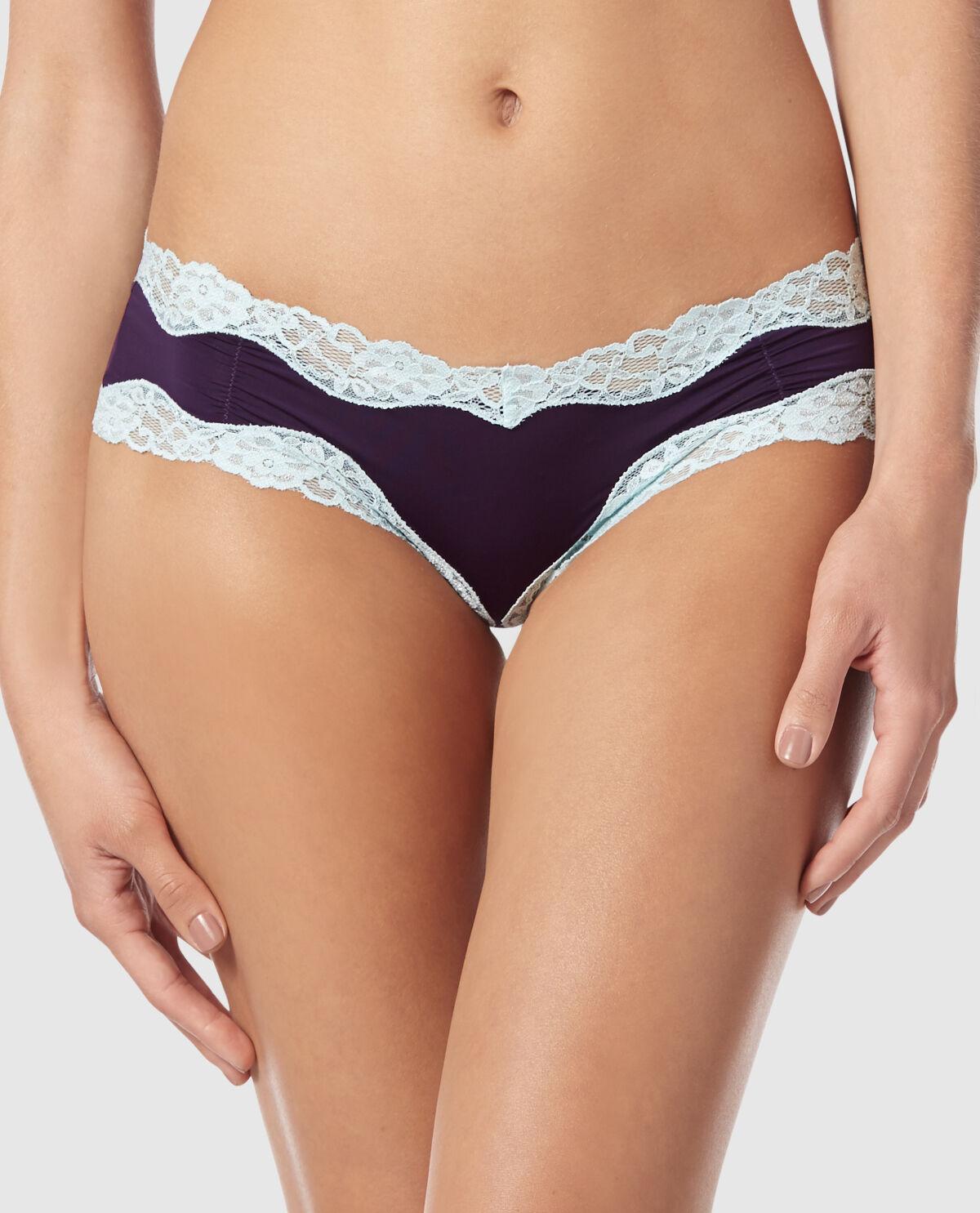 Selena gomez nude fake tape nipple